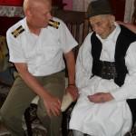 2 veteran anies