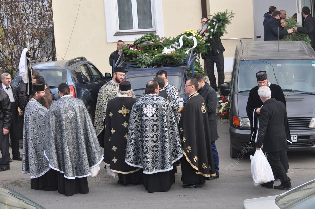 S-au schimbat regulile privind înmormântarea celor care au decedat din cauza Covid-19