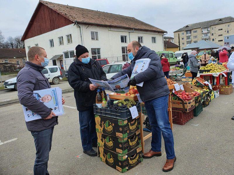Ionuț Simionca: Nu este normal să le interzicem micilor producători să vândă la piață rodul muncii lor