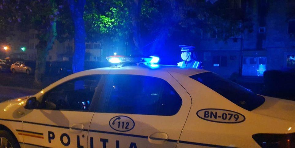 Zeci de amenzi date de polițiști pentru nepurtarea măștii și circulație pe timp de noapte